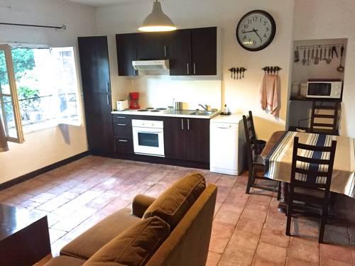 Gite La bellonette : Guest accommodation near Pinet