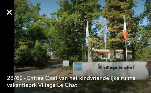 6 pers 4sterren bungalow op familiepark Le Chat : Guest accommodation near Busserolles