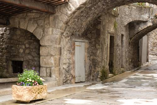 Logis Le Beausejour : Hotel near Annot