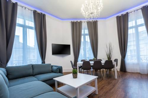 Residence Michel Ange : Apartment near Cannes