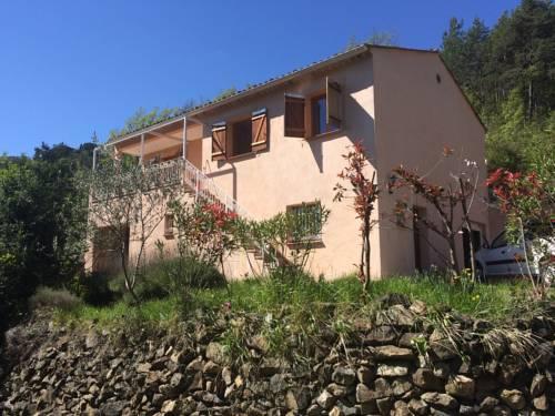 Tournefort Gite Ciambonson : Guest accommodation near Massoins