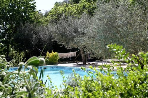 Mas de la Filoselle : Bed and Breakfast near Cendras