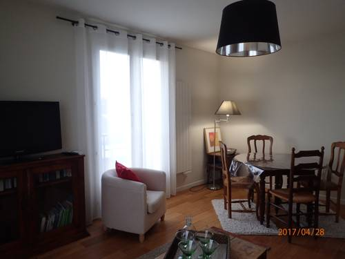 Appartement 3 chambres : Apartment near Samoreau