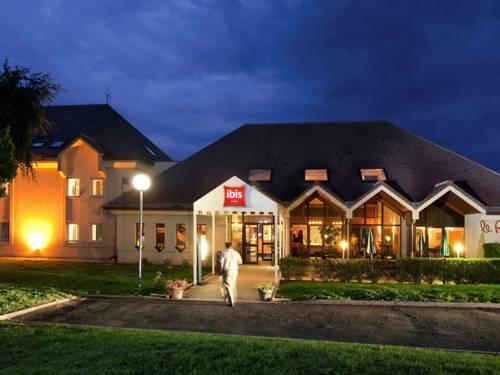 Ibis Provins : Hotel near Saint-Hilliers
