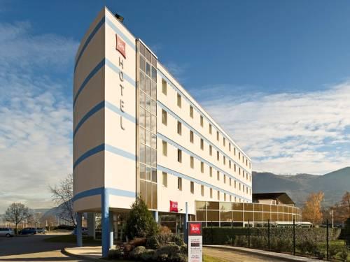 ibis Archamps Porte de Genève : Hotel near Farges