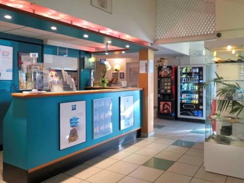 Hotel Ibis Budget Rouen Centre Rive Gauche : Hotel near Sotteville-lès-Rouen
