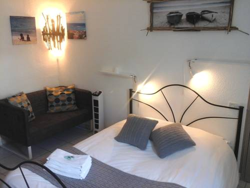 La Clé d'Or : Bed and Breakfast near Abeilhan