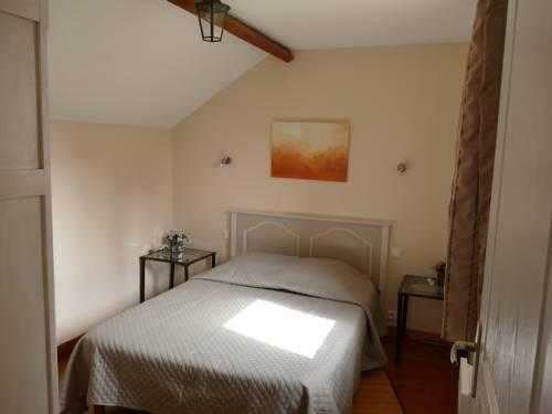 Gîte Sourdeval : Apartment near Chaulieu