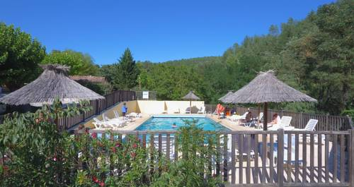 camping le pastural : Guest accommodation near Ucel
