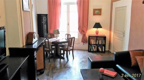 Au quatre : Guest accommodation near Pézenas