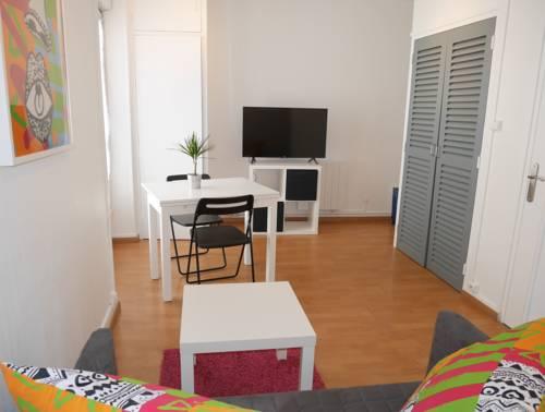 Appartement Centre Ville : Apartment near Saint-Laurent-sur-Saône