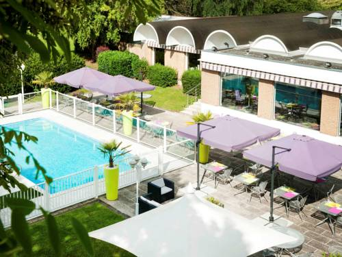 Novotel Valenciennes : Hotel near Neuville-sur-Escaut