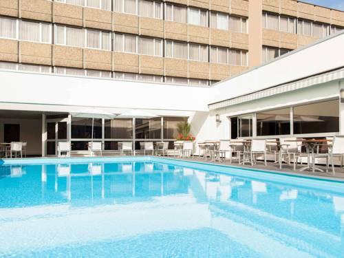 Novotel Metz Centre : Hotel near La Maxe