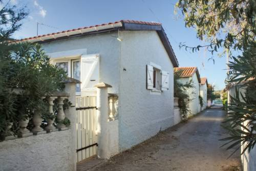 –Holiday home Avenue Vauban II : Guest accommodation near Frontignan