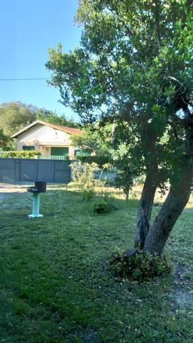 Villa Tribord : Guest accommodation near Saumos