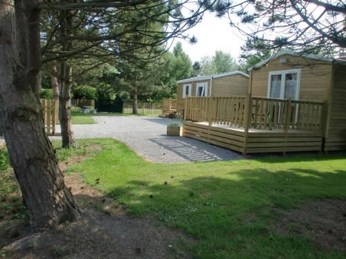 Chalets de la gloriette : Guest accommodation near Groffliers