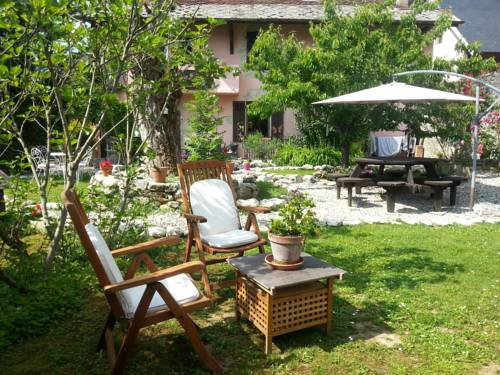 B&B Au Petit Prince : Guest accommodation near Voissant