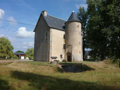 Le Queroy : Guest accommodation near Aulon