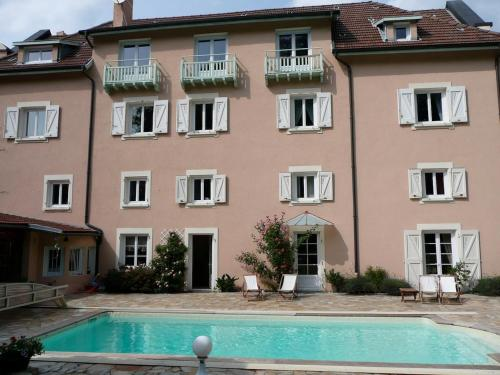 La Maison du Parc : Bed and Breakfast near Soucieu-en-Jarrest