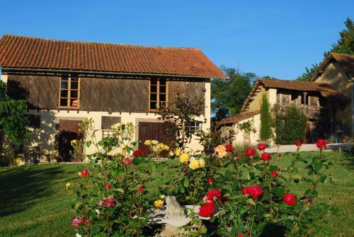 Maison Vue Pyrénées : Bed and Breakfast near Bernadets-Debat