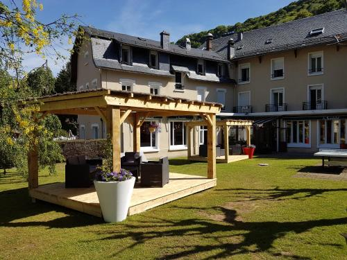 Le Castelet : Hotel near Vernines
