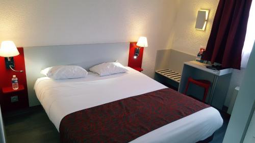 Relais Fasthotel Tarbes-Semeac : Hotel near Castelvieilh