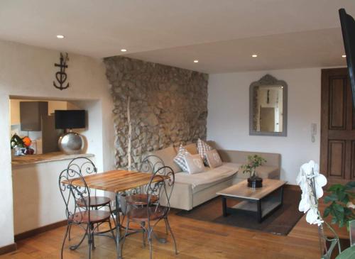 Les Calades du Ventoux : Apartment near Savoillan