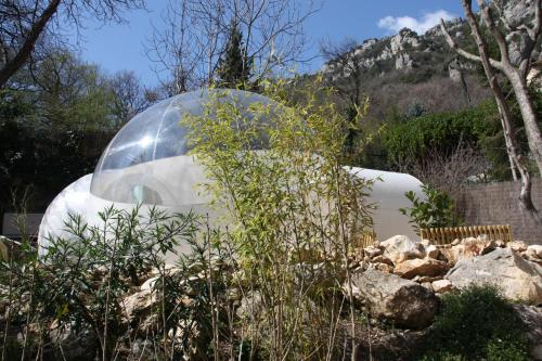 Dreams Bubble : Bed and Breakfast near Roquestéron-Grasse