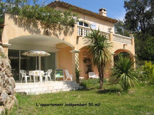 location saisonniere : Apartment near Les Adrets-de-l'Estérel