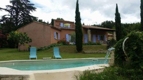 Paradis : Guest accommodation near Saint-Pierre-de-Vassols