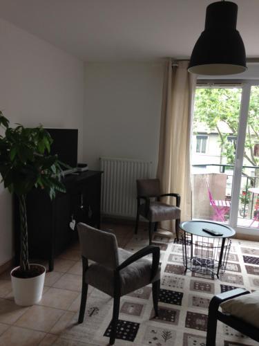 Chez Marie : Apartment near Sainte-Foy-lès-Lyon