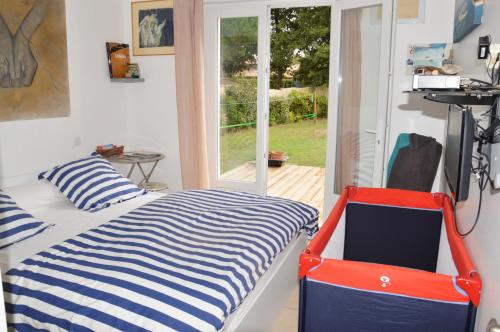 Lacanau Les Pieds dans l'eau B&B : Bed and Breakfast near Le Temple