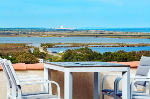 Villa avenue des Garrigues : Guest accommodation near Fleury