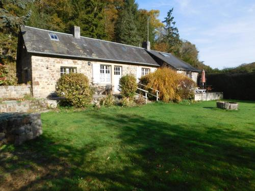 Le moulin l'Eveque : Guest accommodation near Saint-Germain-de-Tallevende-la-Lande-Vaumont