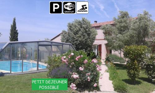 Les Oliviers : Guest accommodation near Grazac