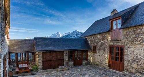 Chambres d'Hôtes La Ferme de Soulan : Bed and Breakfast near Aulon