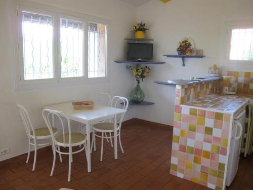 Holiday home Chemin de Belinarde Hotel - room photo 14660856