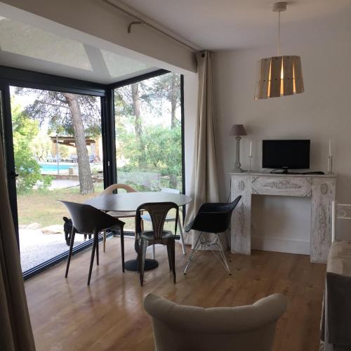 Le Mas des Loges : Guest accommodation near Cuges-les-Pins