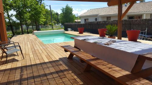Maison Lachanau : Guest accommodation near Hourtin
