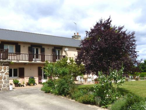 La Haute Herbelais : Bed and Breakfast near Chahains