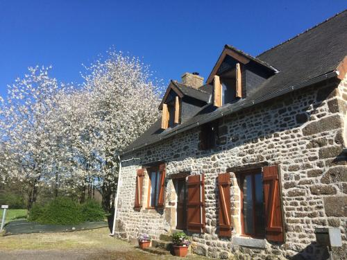 Forgelle : Guest accommodation near Fleurigné