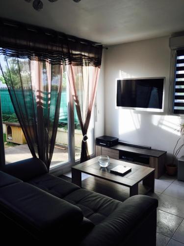 Passage des Écoles Apartment : Apartment near Jablines