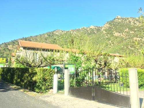 La Mirabelle-casteil : Hotel near Mantet