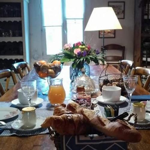 Le Clos d'Isabelle : Bed and Breakfast near Lunel