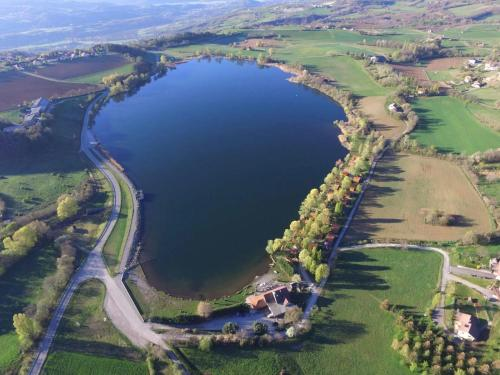 Camping La Motte Flottante : Guest accommodation near La Freissinouse