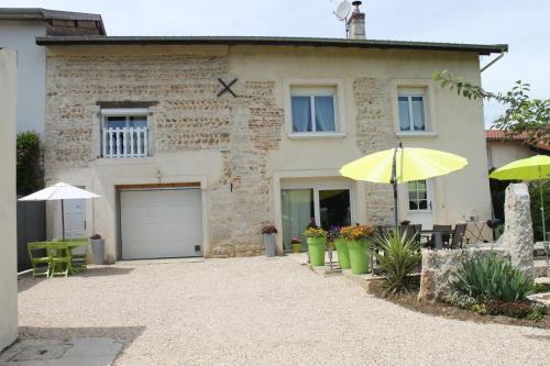 Les Trois Maisons : Apartment near Saint-André-le-Bouchoux