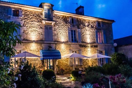 Hôtel de France et de Russie : Hotel near Thiviers