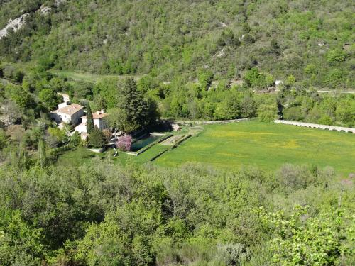 Domaine de La Magdeleine : Guest accommodation near Montferrat