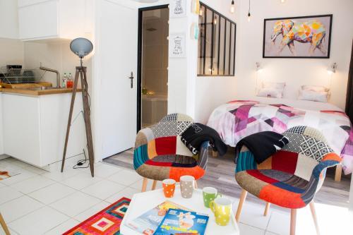 Suite du Vieux Lyon Cosy et Design : Apartment near Sainte-Foy-lès-Lyon