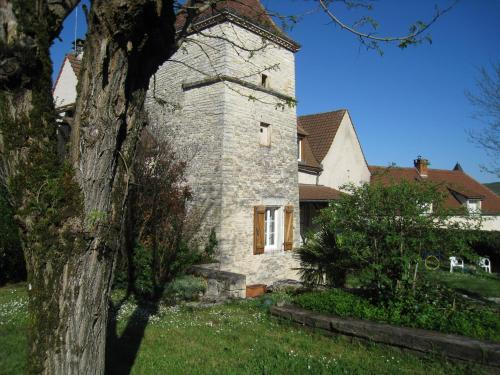 Chateau Yiongy : Guest accommodation near Beaumat